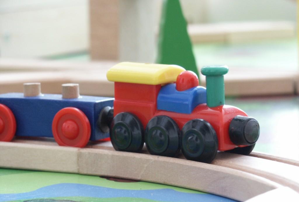 toy-train-1414975
