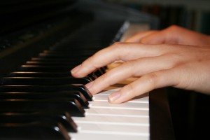 Why is a speaker like a pianist?